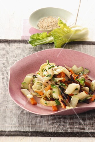 Stir-fried pak choi with carrots and sesame seeds