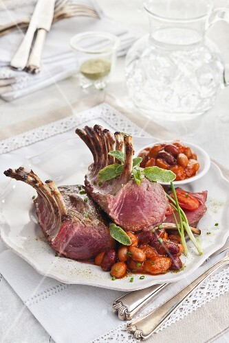 Lamb chops with assorted beans in tomato sauce