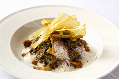 Mushroom risotto with parsnip chips