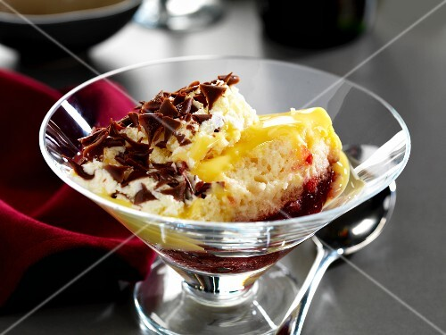 Sherry trifle with grated chocolate