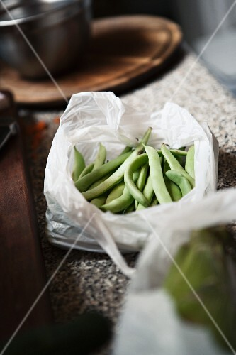 Green beans in a plastic bag