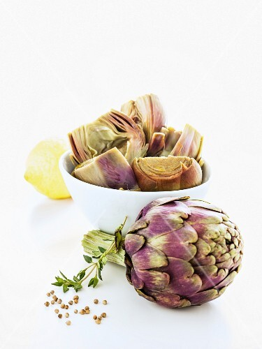 Raw and cooked artichokes