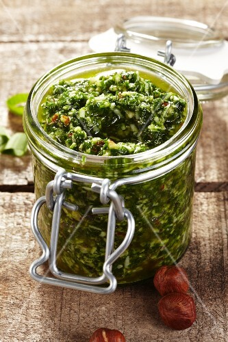 Wild garlic pesto with hazelnuts