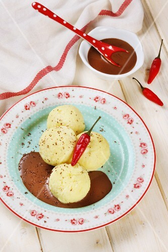 Quark dumplings with a chilli and chocolate sauce