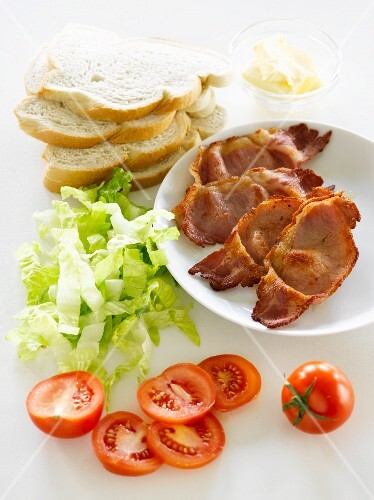 Ingredients for BLT sandwiches