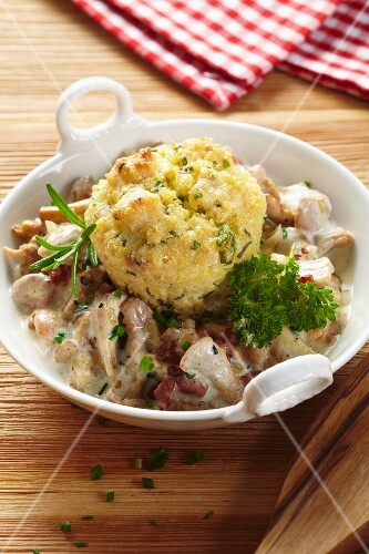 Millet bake with bacon and mushrooms