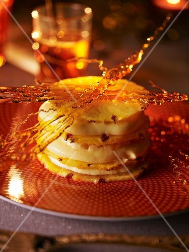 Mille feuilles with pineapple and caramel