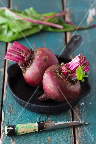 Beetroot in a black cast iron pan