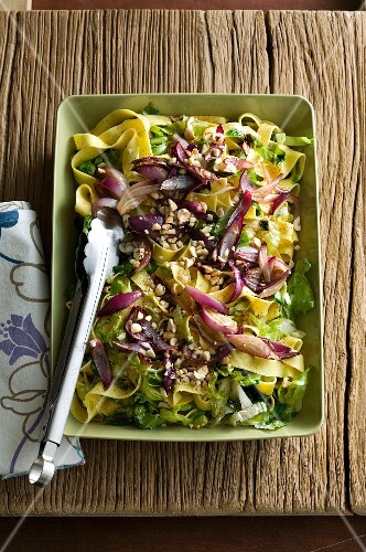 Papardelle pasta salad with red onions
