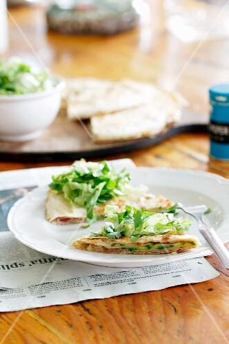 Quesadillas with lettuce
