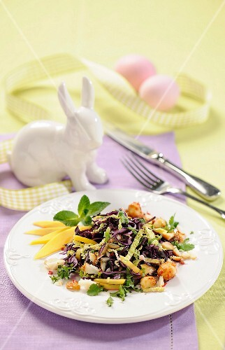 Red cabbage salad for Easter