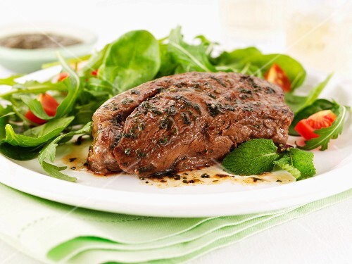 Lamb fillet with a mixed leaf salad
