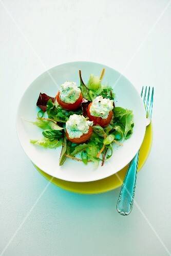 Stuffed tomatoes with sheep's cheese