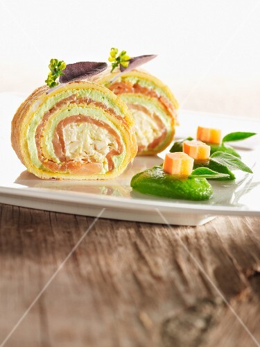 Pancake and chicory roulade with salmon