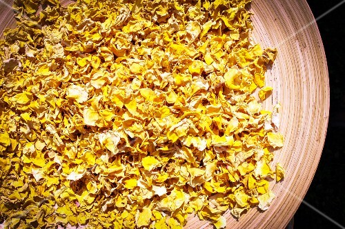 Dried yellow rose petals from Burgenland, Austria