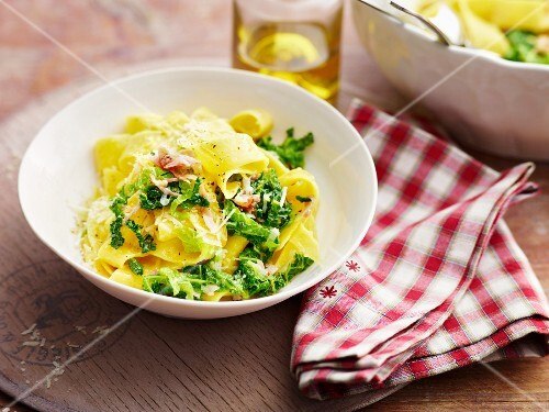 Tagliatelle with savoy cabbage