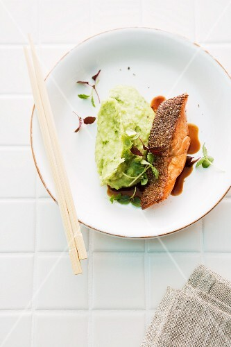 Salmon trout teriyaki with a wasabi and leek purée (Japan)