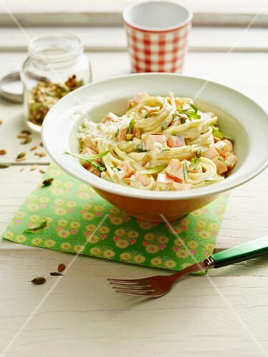 Pasta with carrots, tarragon and roasted seeds