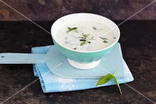 Mozzarella dressing with fresh herbs
