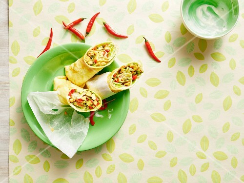 Oriental wraps with a vegetarian filling