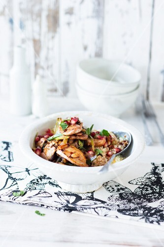 Stir-fried chicken with pomegranate seeds