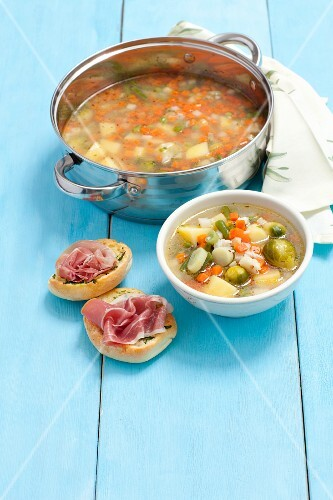 Minestrone con il riso (vegetables soup with rice and Parmesan, Italy)