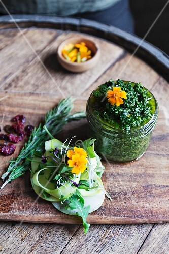 Gremolata with edible flowers