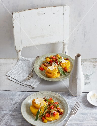 Polenta cakes with Mediterranean vegetables