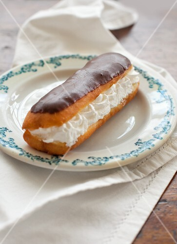 A cream-filled eclair