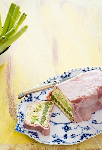 Leek terrine with pistachios and ham
