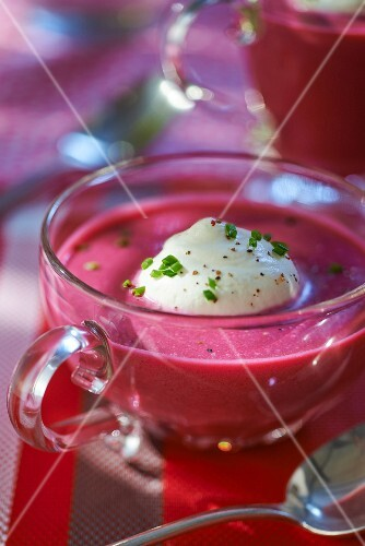 Cream of beetroot soup with horseradish foam