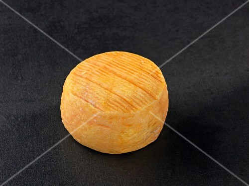 Rollot (French cow's milk cheese)