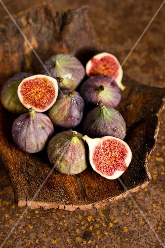 Fresh Figs in a Wooden Bowl