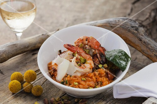 Risotto with prawns, chorizo and pistachios