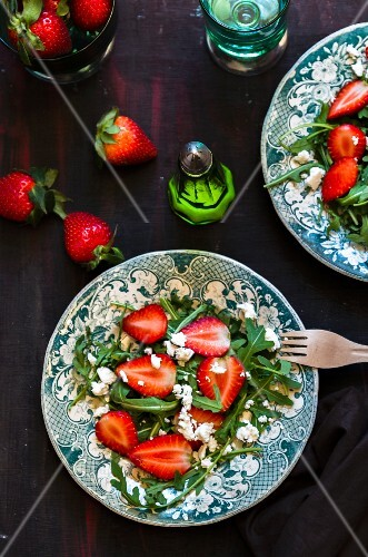 Rocket salad with strawberries and feta cheese