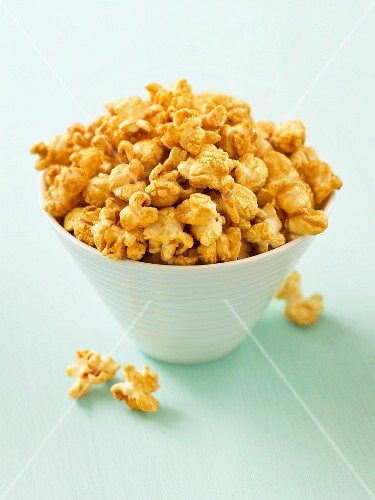 A bowl of caramel popcorn