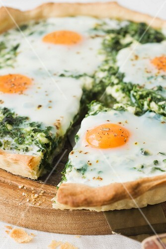 A ricotta, spinach and fried egg tart