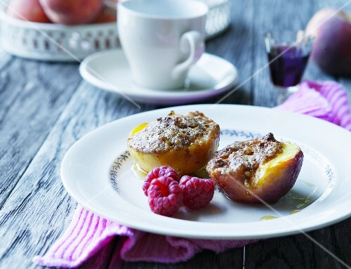 Gratinated peaches