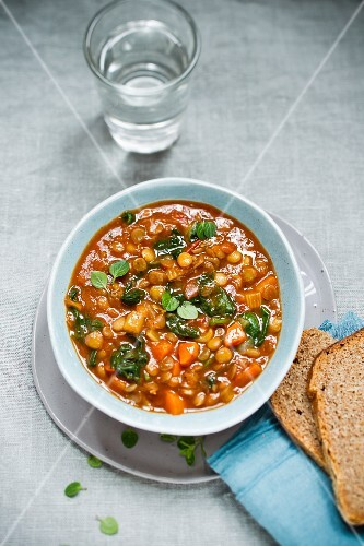 Lentil soup with spinach