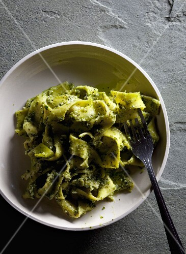Pappardelle with pesto (seen from above)