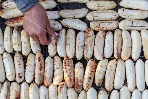 Grilled bananas at a street kitchen (Vientiane, Laos)