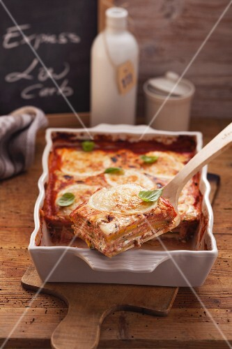 Courgette and ham lasagne