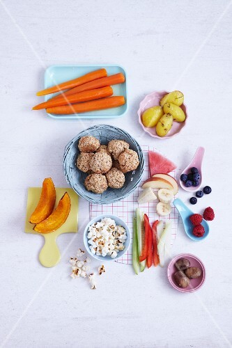 Snacks and finger food for babies