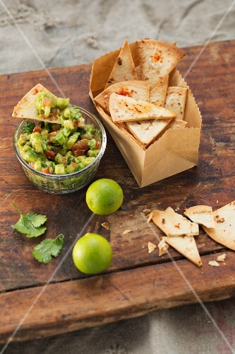 Tortilla crisps with guacamole