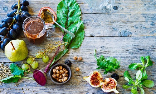 Ingredients for autumnal smoothies