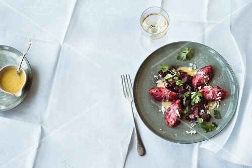 Beetroot dumplings with lemon butter