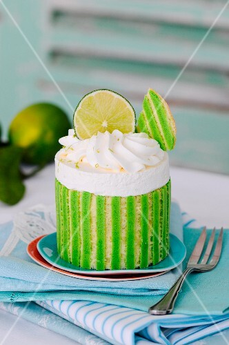 A stripy lime tartlet