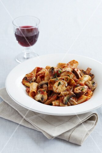 Fettuccine with a mushroom and tomato ragout and red wine