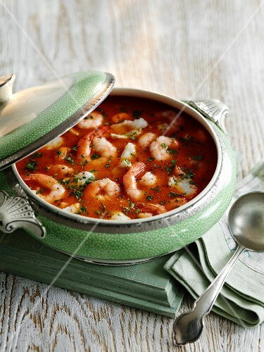 Prawn bisque with parsley