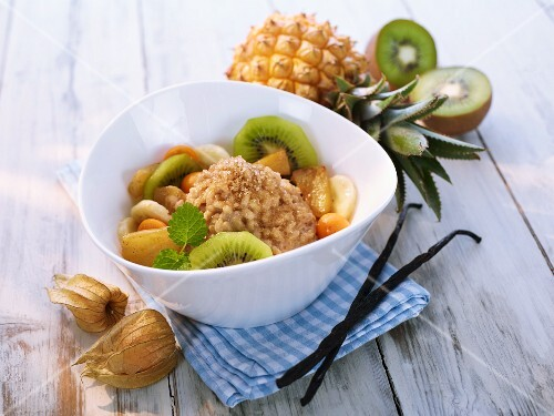 Rice pudding with exotic fruit